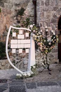 tableau de mariage music themed party harp flowers seating chart