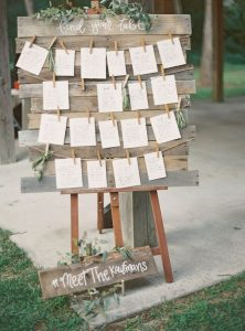 seating chart tableau de marriage cards wood